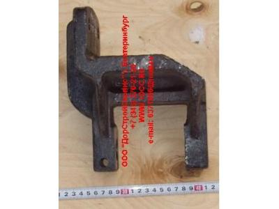 Кронштейн передней рессоры передний H 6х4, 8х4 HOWO (ХОВО) AZ9719520005 фото 1 Ростов-на-Дону